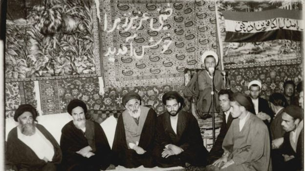 name-khomeini-be-kenedy05